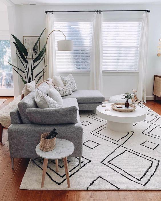 Simple Living Room Ideas: Catchy Minimalist Decor