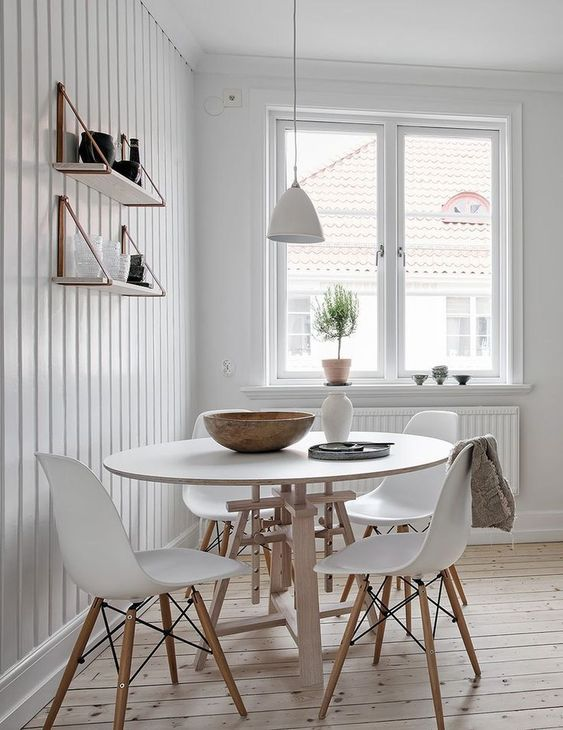 White Dining Room Ideas: Catchy Earthy Decor
