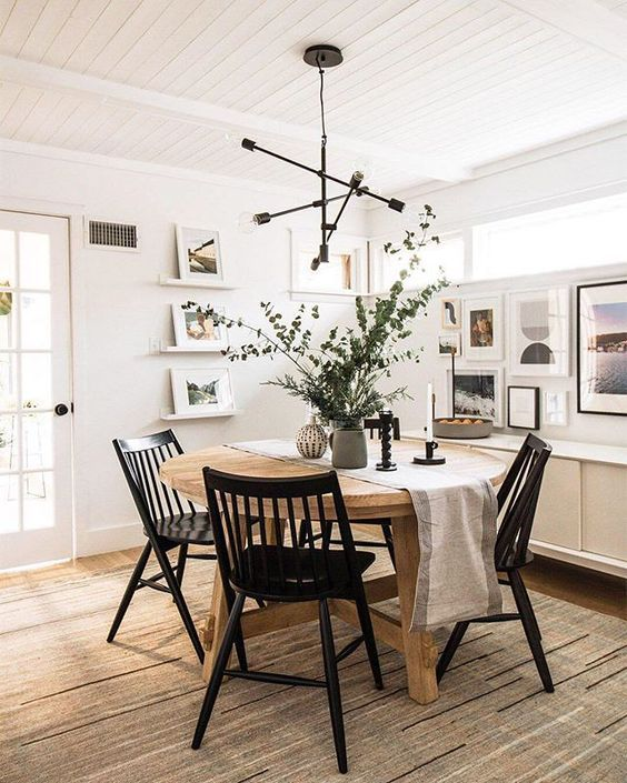 White Dining Room Ideas: Elegant Rustic Decor
