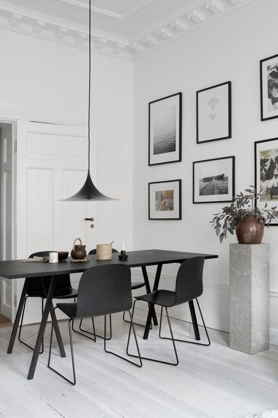 White Dining Room Ideas: Chic Monochrome Decor