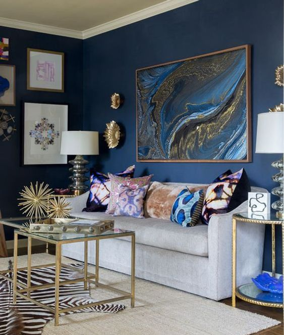 Blue Living Room Ideas: Festive Glamour Decor