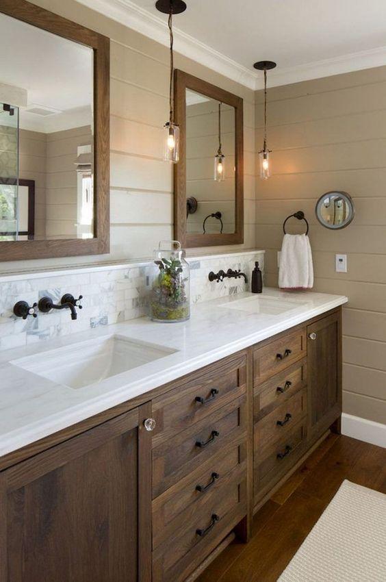 Rustic Bathroom Ideas: Modern Farmhouse Decor