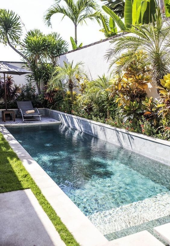 Swimming Pool Landscaping Ideas: Simple Cozy Decor