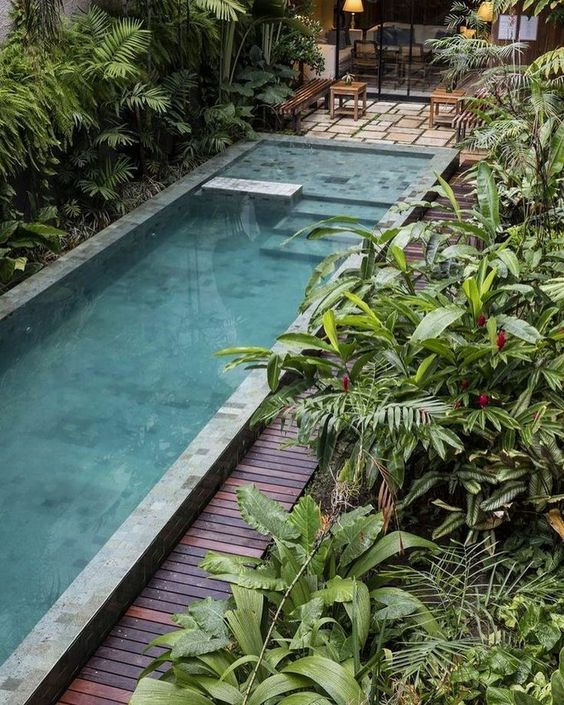 swimming pool landscaping ideas 10