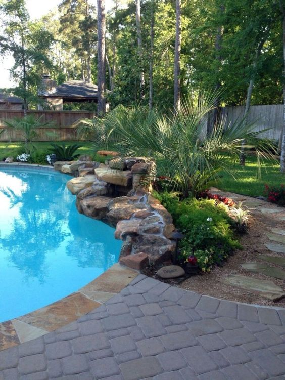 swimming pool landscaping ideas 13
