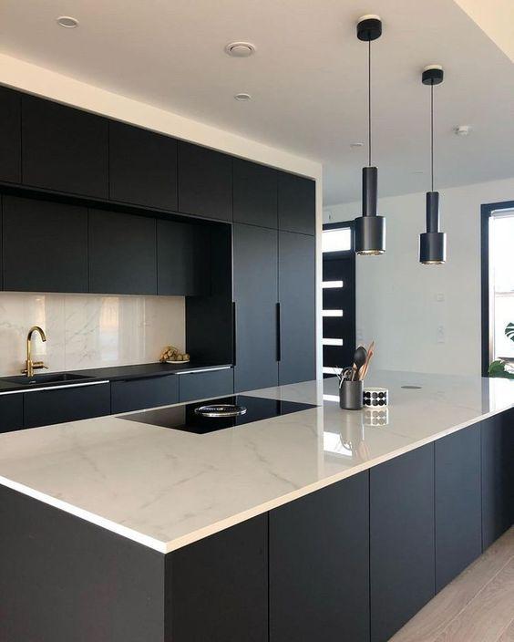 Black Kitchen Ideas 11