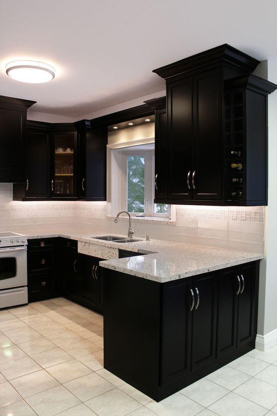 Black Kitchen Ideas 21