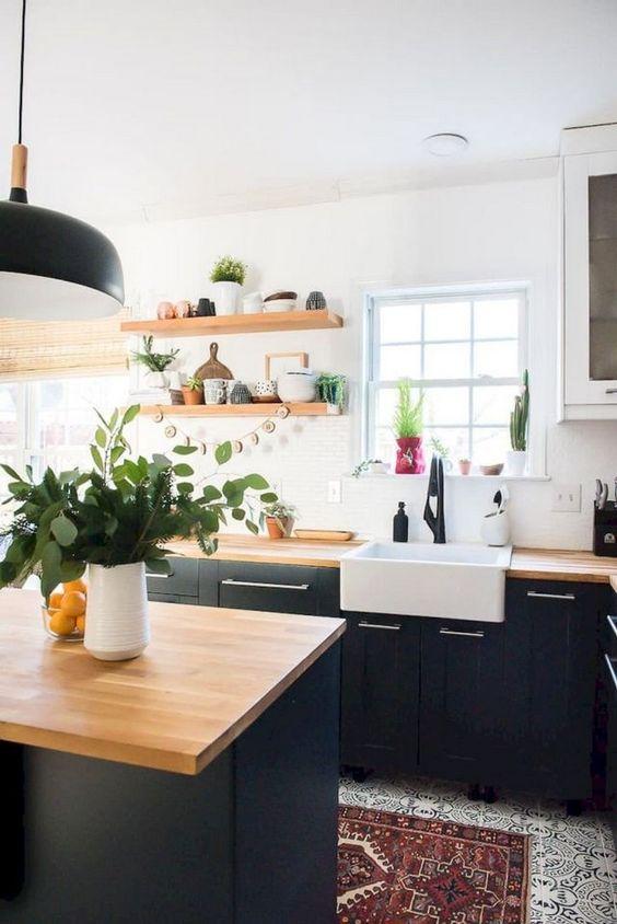 Black Kitchen Ideas 22