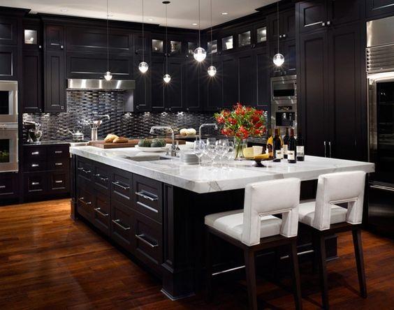 Black Kitchen Ideas 25
