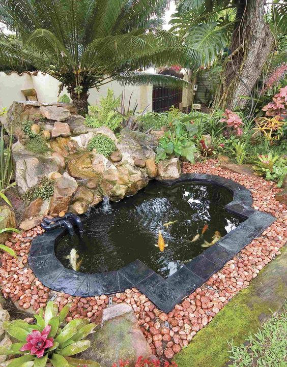Backyard Pond Ideas: Elegant Natural Design
