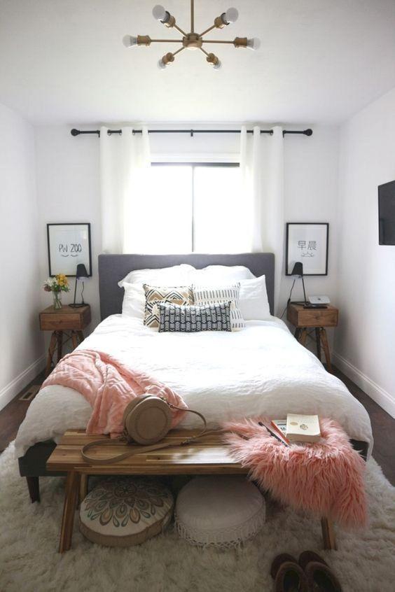 Master Bedroom Ideas: Chic Small Decor