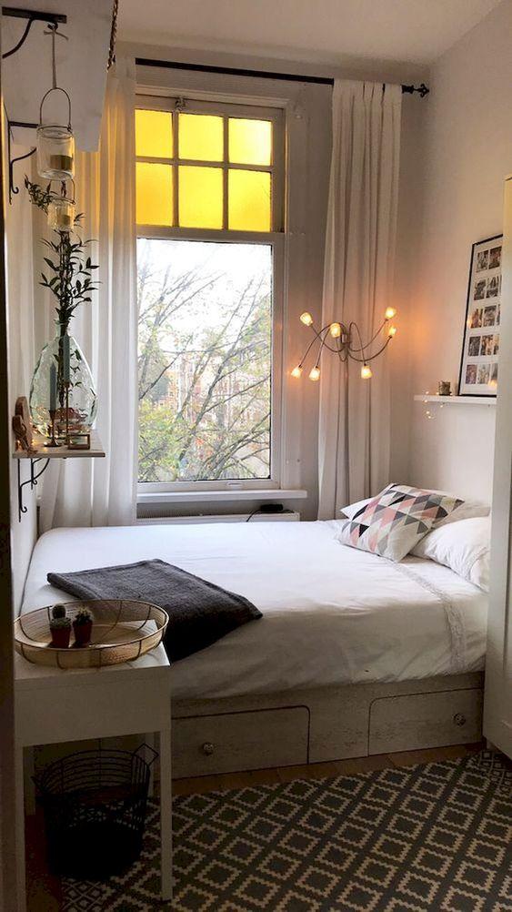 Small Bedroom Ideas: Cozy Narrow Decor