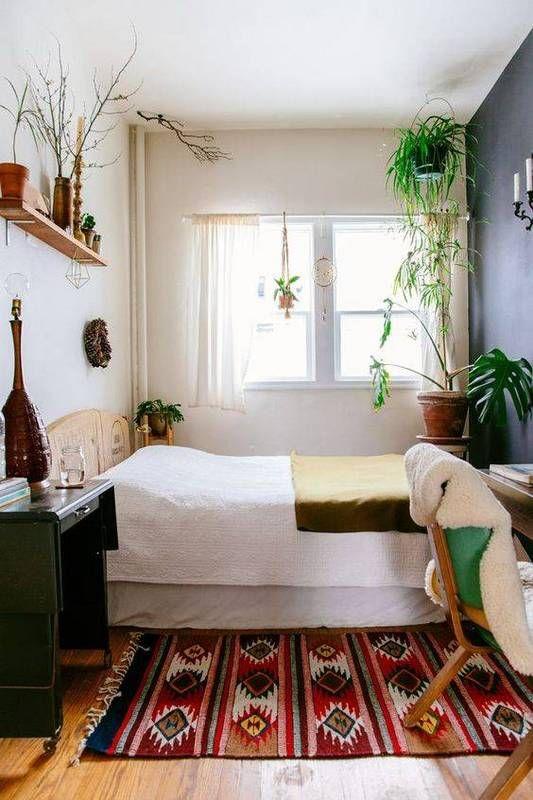 Small Bedroom Ideas: Catchy Bohemian Decor