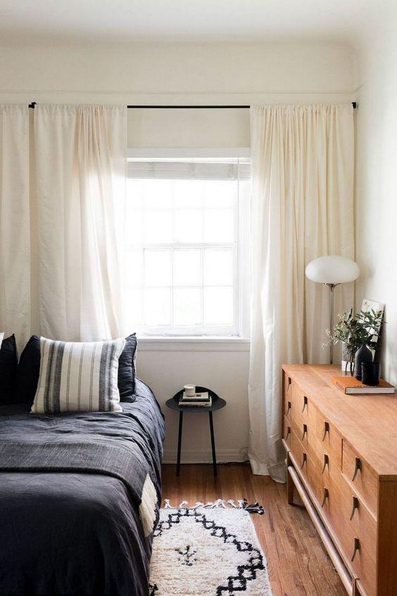 Small Bedroom Ideas: Bold Rustic Decor