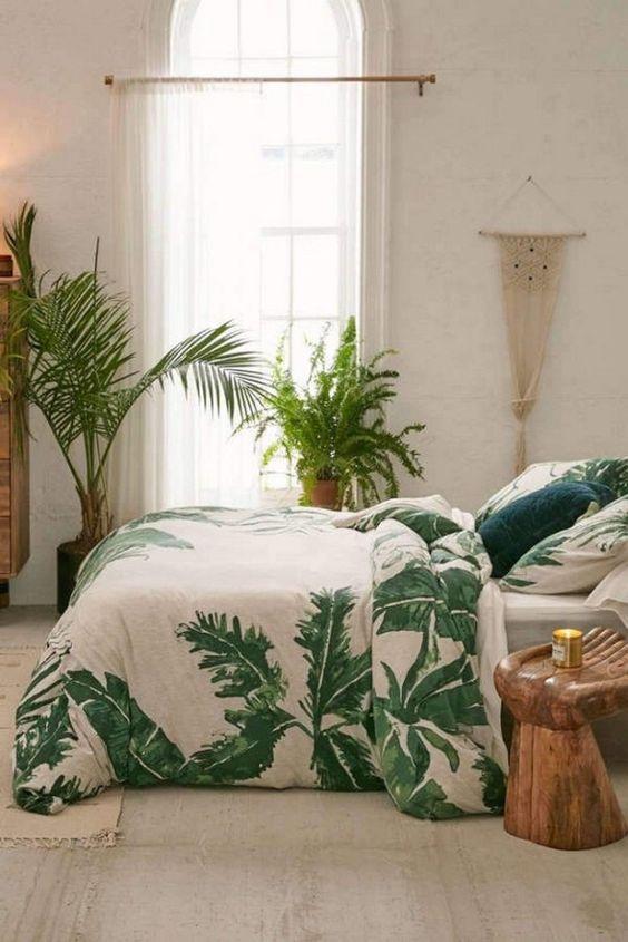 Small Bedroom Ideas: Gorgeous Earthy Decor