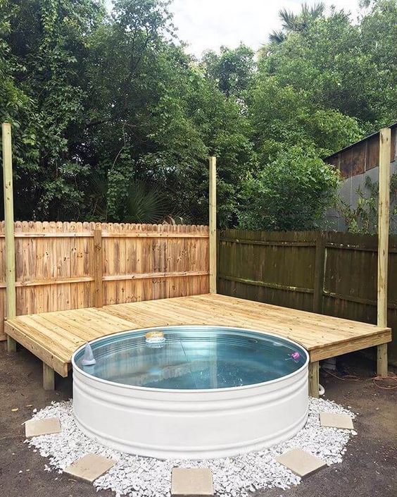 Swimming Pool Designs Ideas: Stock Tank Style