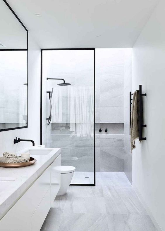 Bathroom Themes Ideas: Simple Minimalist Decor