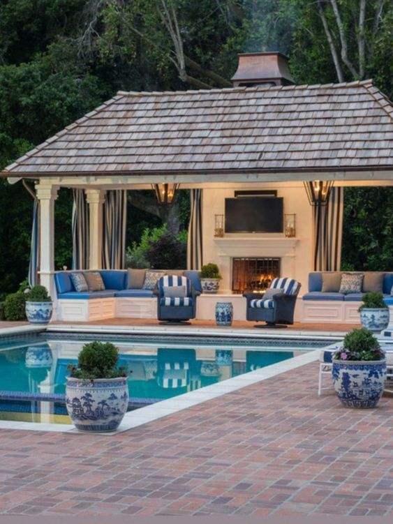 Backyard Pool Ideas 13