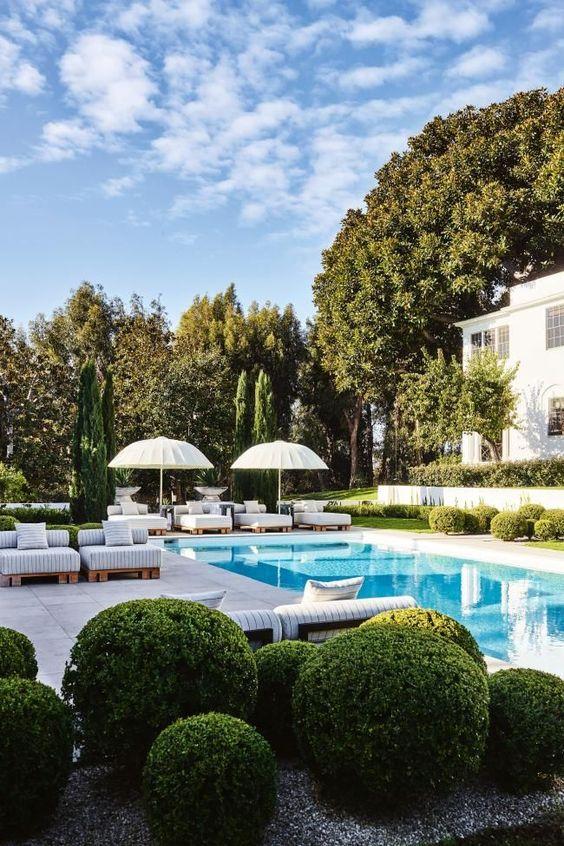 Backyard Pool Ideas 15