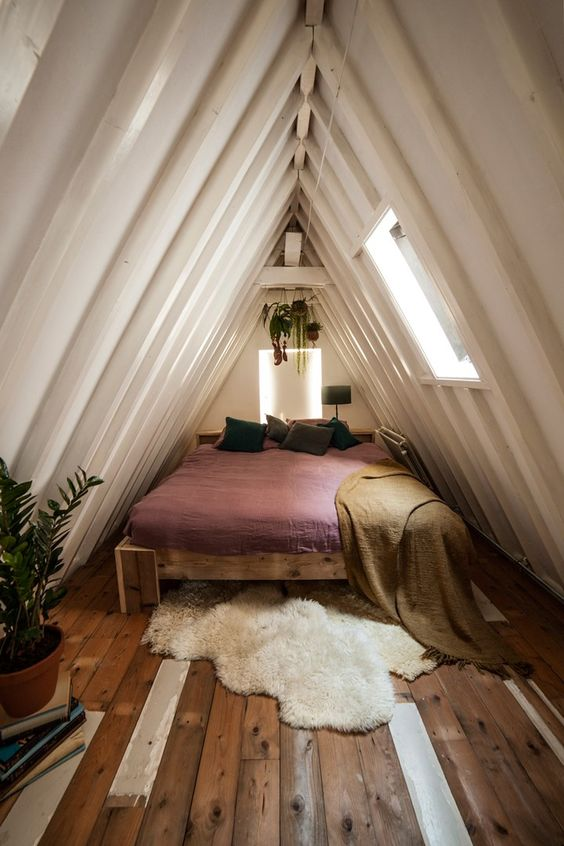 Attic Bedroom Ideas 10