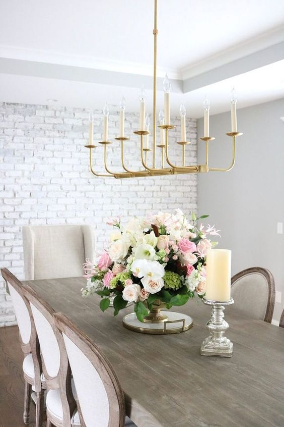 Dining Room Chandelier Ideas 21