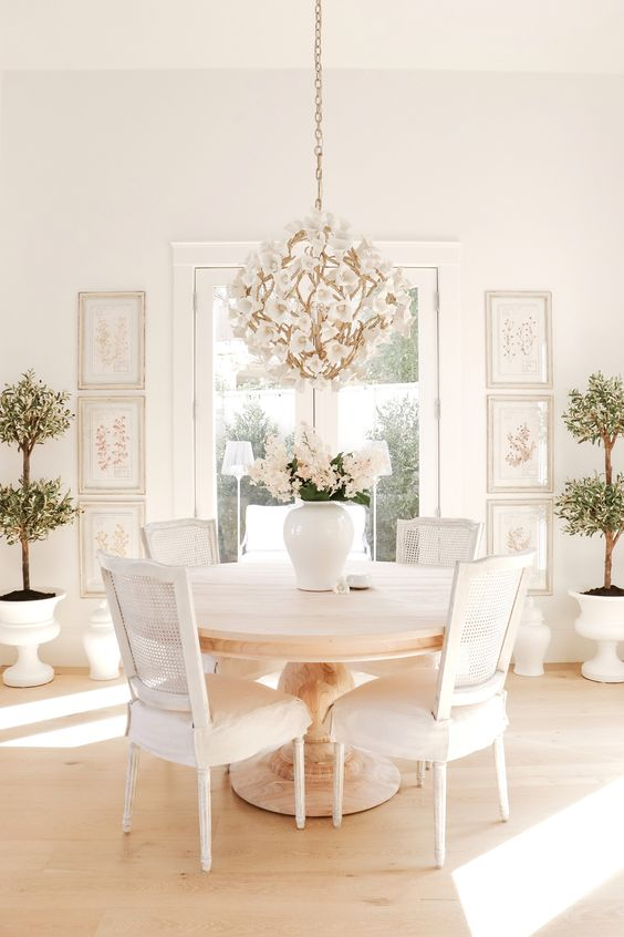Dining Room Chandelier Ideas 5