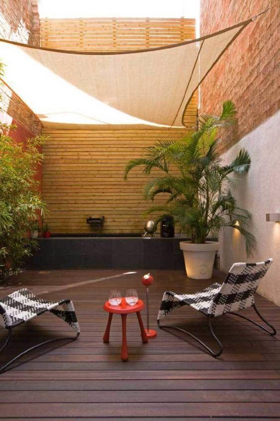 Small Backyard Ideas: Cozy Lazy Spot